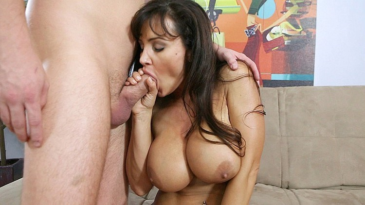 Lisa Ann Wins Lots Of Awards For Porn Fucking [Openload Streaming]