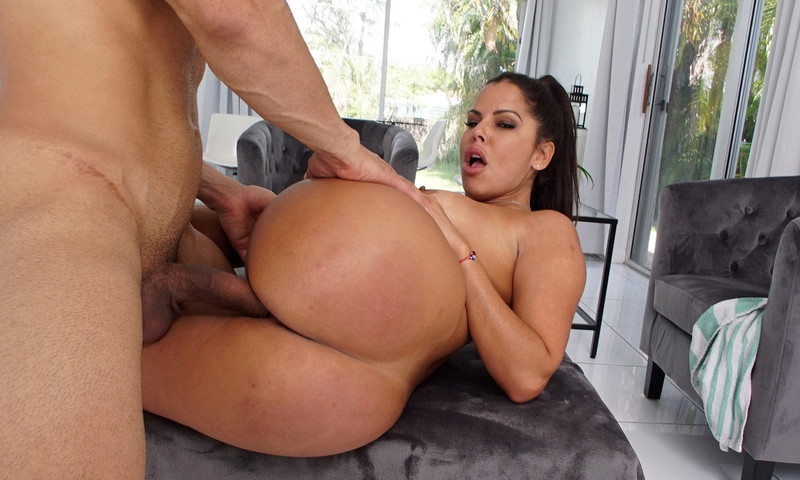 Diamonds and Creampies [Openload Streaming]