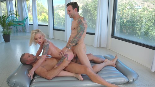 Dakota Skye – Double-Booked [Openload Streaming]