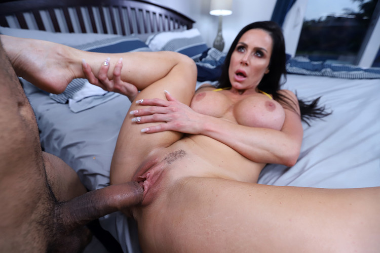 Kendra Lust Fucks Her Friend's Brother [Openload Streaming]