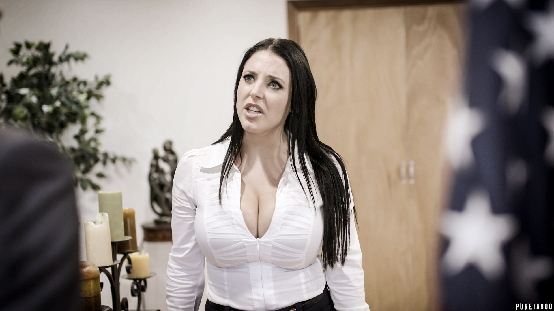 Angela White – Balance of Power [Openload Streaming]