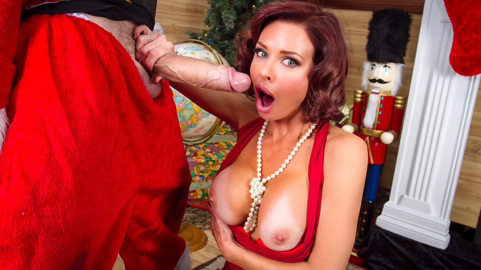 Veronica Avluv – Squirting On Santa [Openload Streaming]