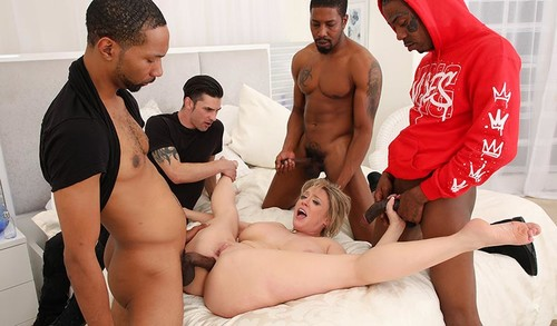 Dee Williams – Cuckold Sessions [Openload Streaming]