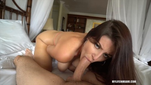 Michele James – Hot Chick With Big Natural Tits [Openload Streaming]