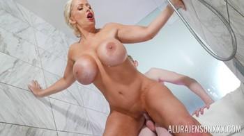 PornstarPlatinum – Alura Jenson Sex In A Strangers Shower [Openload Streaming]