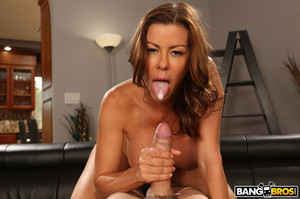 Alexis Fawx – Stepmom Needs Every Drop of Cum! [Openload Streaming]
