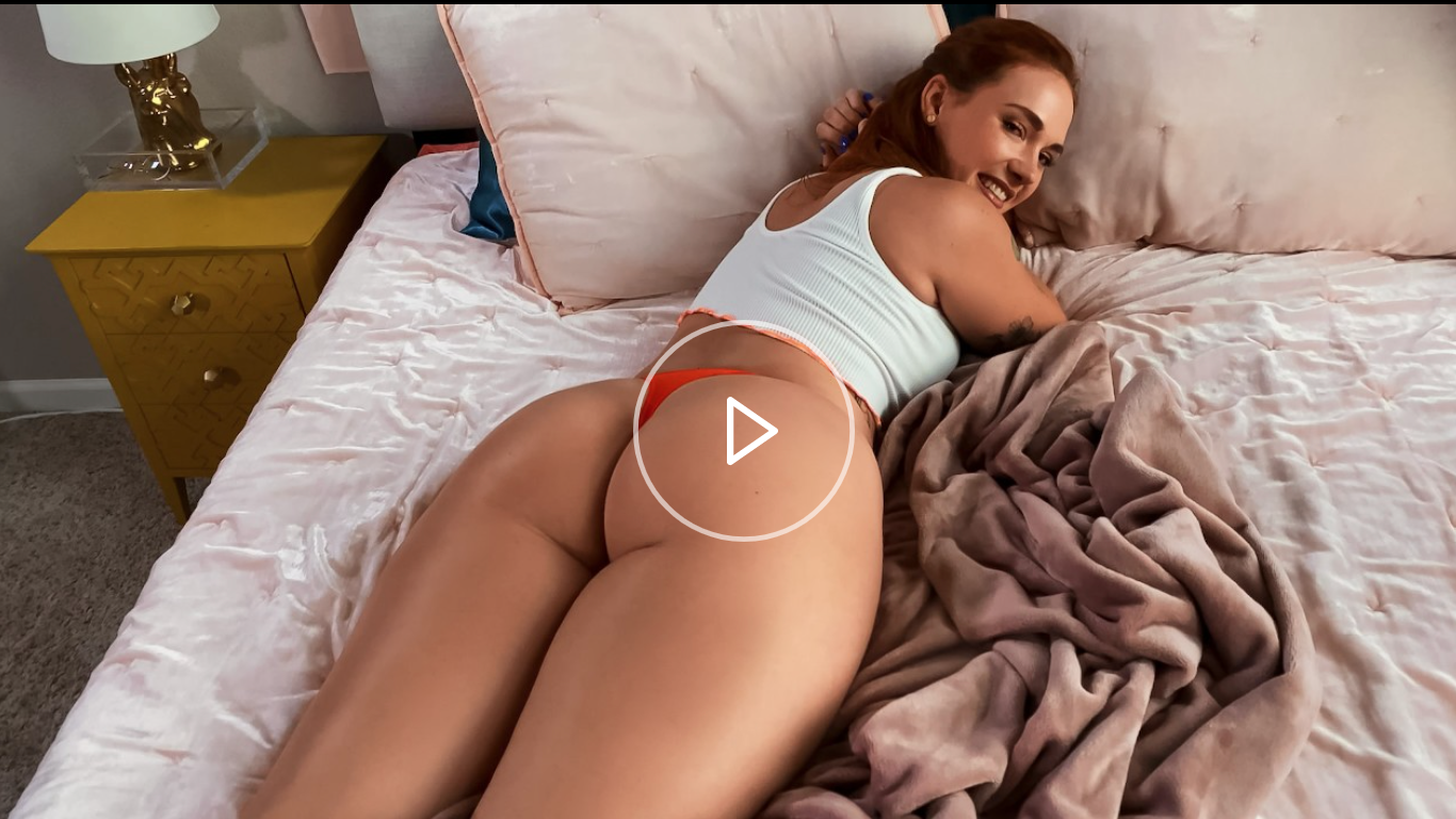 Siri Gets Caught And Fucked By Her Roomie Siri Dahl [XXX FREE]